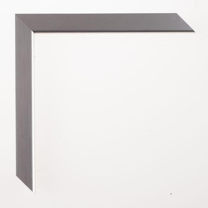Houten lijst - LarsonJuhl - TATE - Soft Silve 19 mm