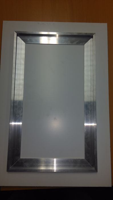 Zelfklevende Aluminium ophangstrip